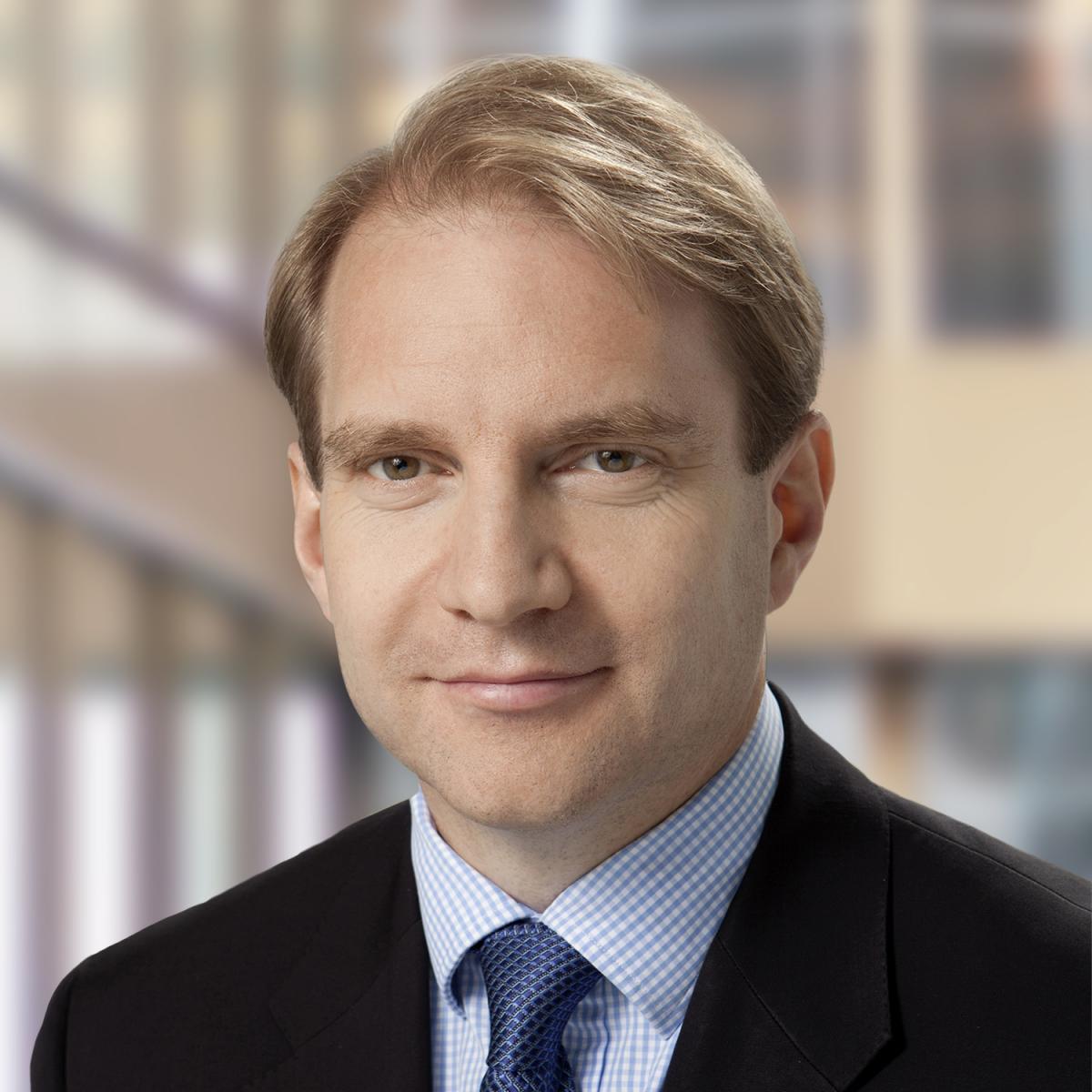 Interest Rates Calculator >> Eric Santor - Bank of Canada